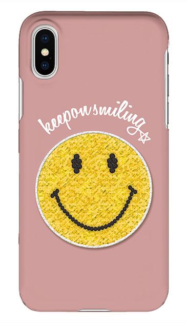 bfb325406b 「Keep on smiling(笑顔を絶やさないで)」というメッセージとラインストーンでデザインされた大きなニコちゃんが印象的なケース 。眺めていると自然とスマイルになる ...